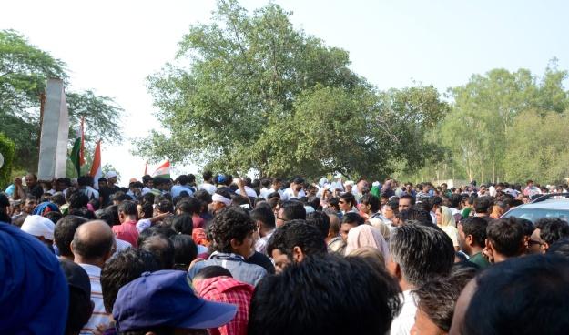 Men's line or men's riot