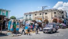 street-life-port-au-prince-haiti