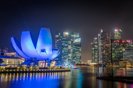 art-science-building-night-photography-singapore