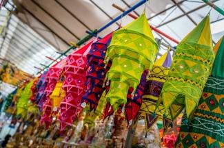 colorful-market-little-india-singapore
