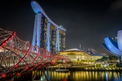 marina-bay-sands-helix-bridge-artscience-night-photography-singapore