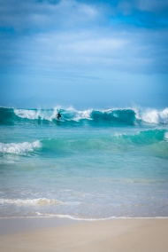surfing-blue-waters-yallingup-western-australia