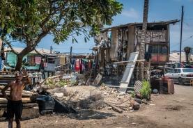 waving-hi-port-moresby-papua-new-guinea