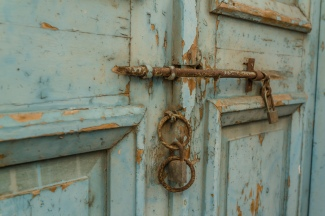 antique-door-latch-larnaca-cyprus