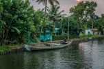 boat-sunset-alleppey-vembanad-lake-backwaters-kochi-india