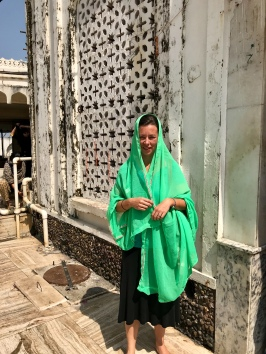 chloe-haji-mosque-goa-india-1