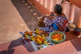 flower-sales-shanta-durga-goa-india