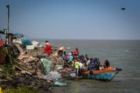 full-boat-elephanta-cave-mumbai-india