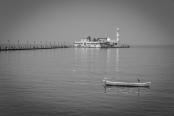 haji-mosque-long-view-mumbai-india