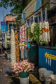hindu-temple-flowers-colombo-sri-lanka
