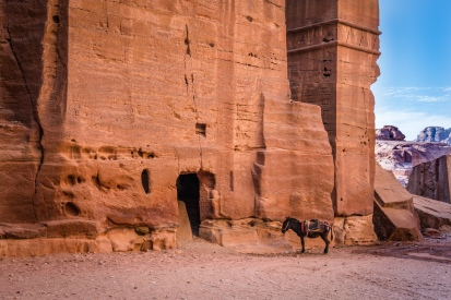 rock-donkey-tomb-petra-jordan