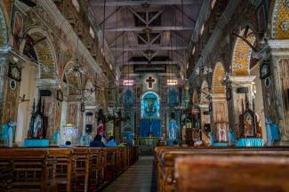 santa-cruz-cathedral-basilica-interior-kochi-india