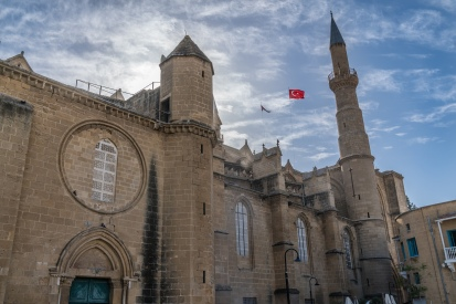 selimiye-mosquel-catherdral-saint-sophia-nicosia-cyprus