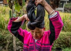 yao-woman-long-hair-dazhai-guilin-china-34