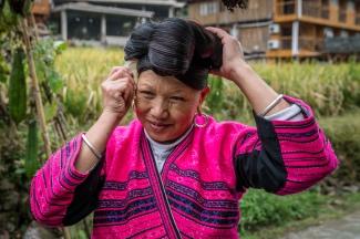 yao-woman-long-hair-dazhai-guilin-china-37