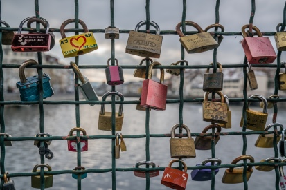 love-locks-limmat-river-zurich