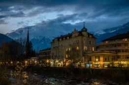 merano-nightfall-italy