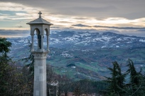 san-marino-view-snow