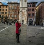 selfie-half-mirror-lucca-italy