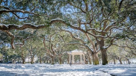 white-point-park-gazebo-snow-charleston